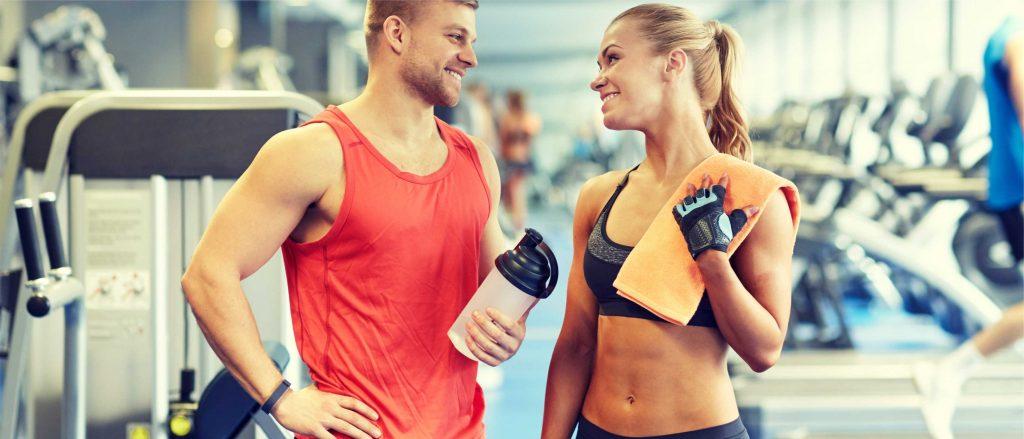Man en vrouw in fitness SportsPalace